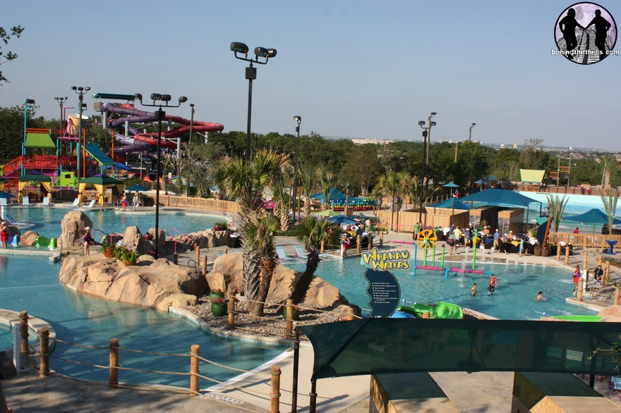 Behind the thrills aquatica san antonio makes family fun for Pool show san antonio