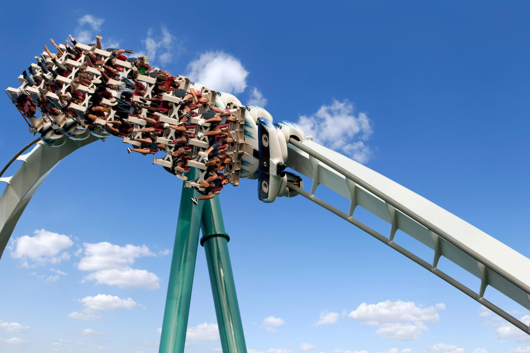 Behind The Thrills Holiday World And Busch Gardens Williamsburg To Be Featured On Travel