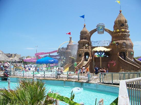 schlitterbahn-beach-waterpark