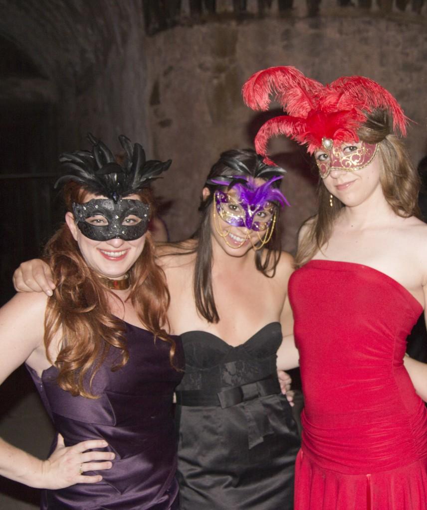 Masquerade5