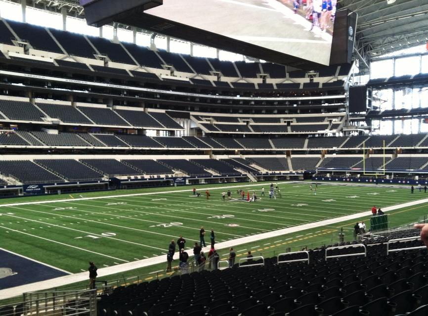 hauntcon cowboy stadium