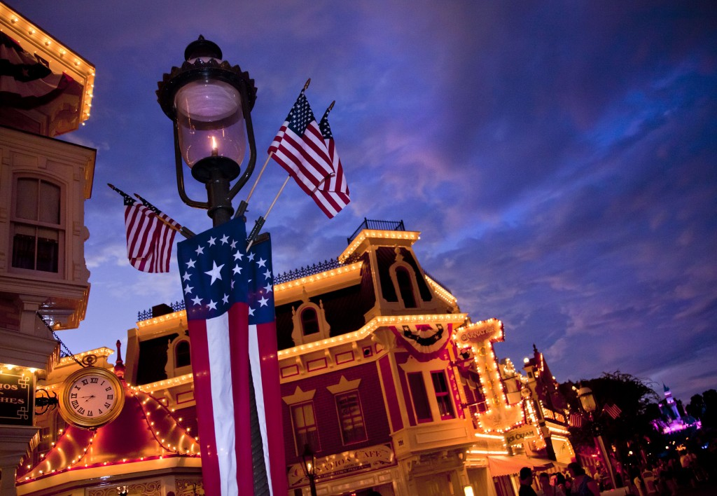Disney Parks Celebrate a Star-Spangled July Fourth Ð All Week Long!