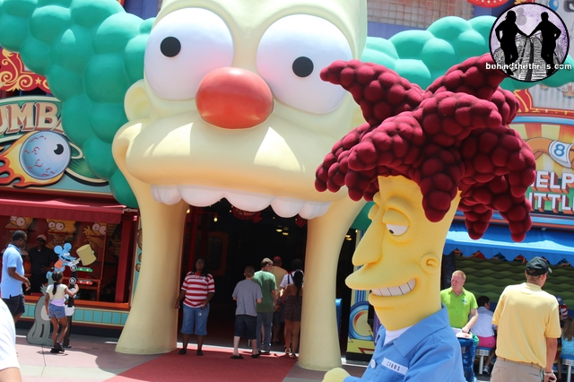 Behind the thrills krusty the clown and sideshow bob make official debut at universal orlando - Simpson le clown ...