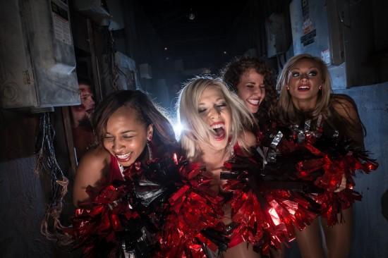 Buccaneers-Cheerleaders-at-Howl-O-Scream-1-550x366
