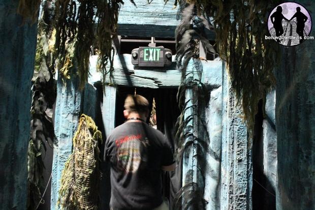 Unmasking the horror at universal orlando s halloween - Busch gardens halloween horror nights ...