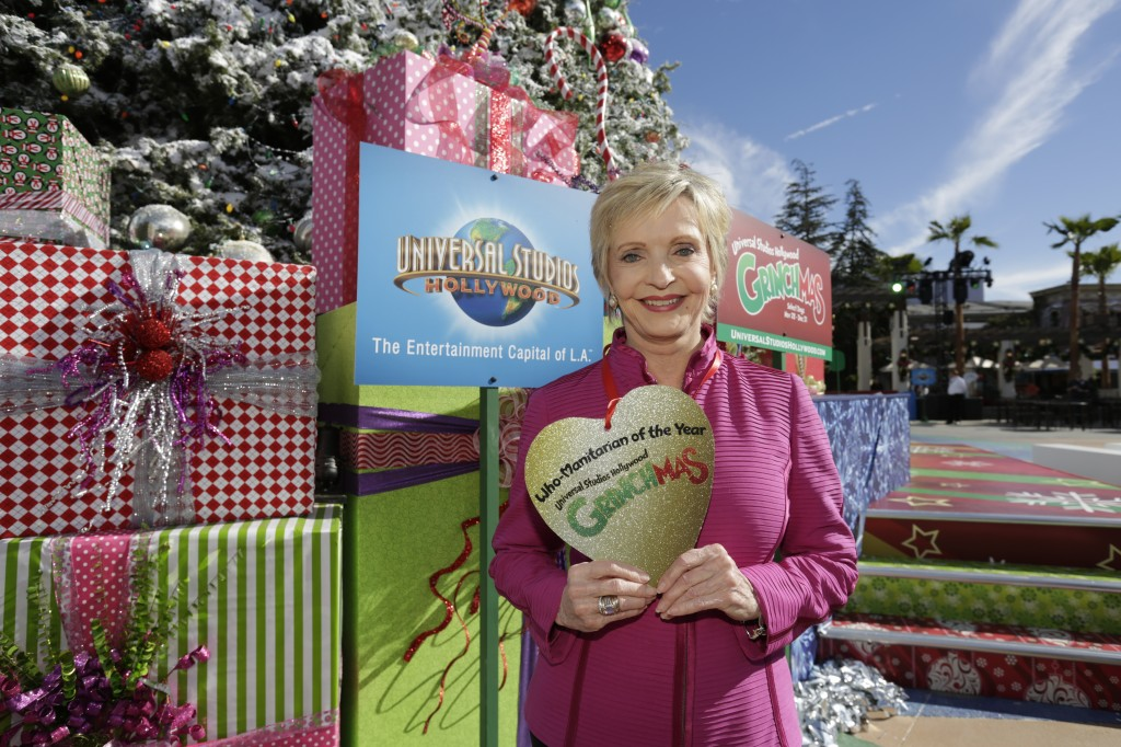 Florence Henderson-Close Up with Award-2