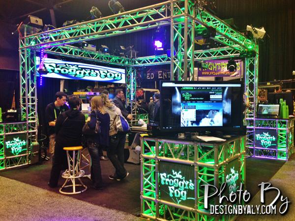haa show 2014 - froggy fog booth