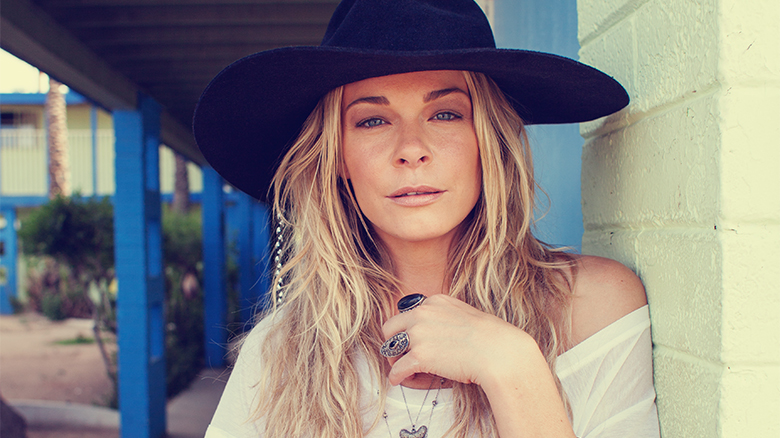 Behind The Thrills Leann Rimes Wraps Up Busch Gardens Live Concert Series This Saturday