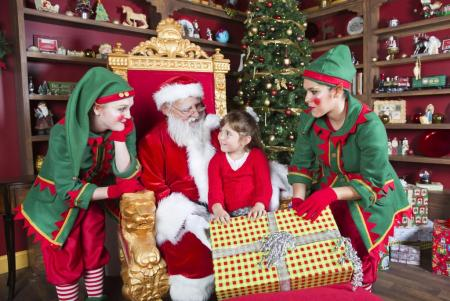 welcome_to_santas_house_at_christmas_town_1_0-450x301