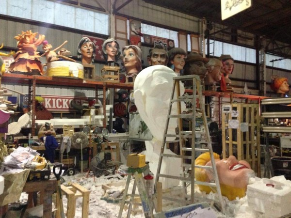 hauntcon 2015 mardi gras world carve