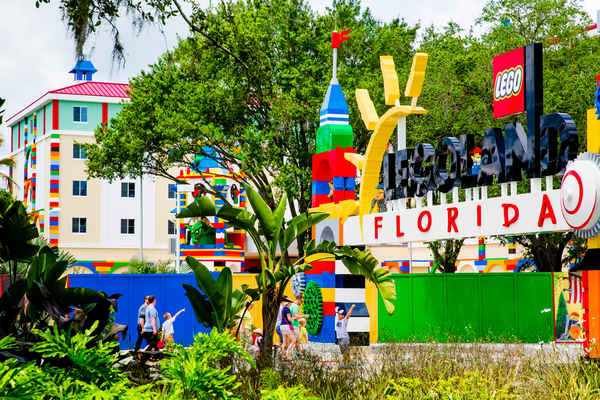 WINTER HAVEN, Fla. (April 24, 2015) – LEGOLAND Hotel at LEGOLAND Florida Resort is putting its final touches in place ahead of the May 15 opening of the new 152-room hotel built for kids. (Photo by Chip Litherland for LEGOLAND Florida Resort/Merlin Entertainments Group)
