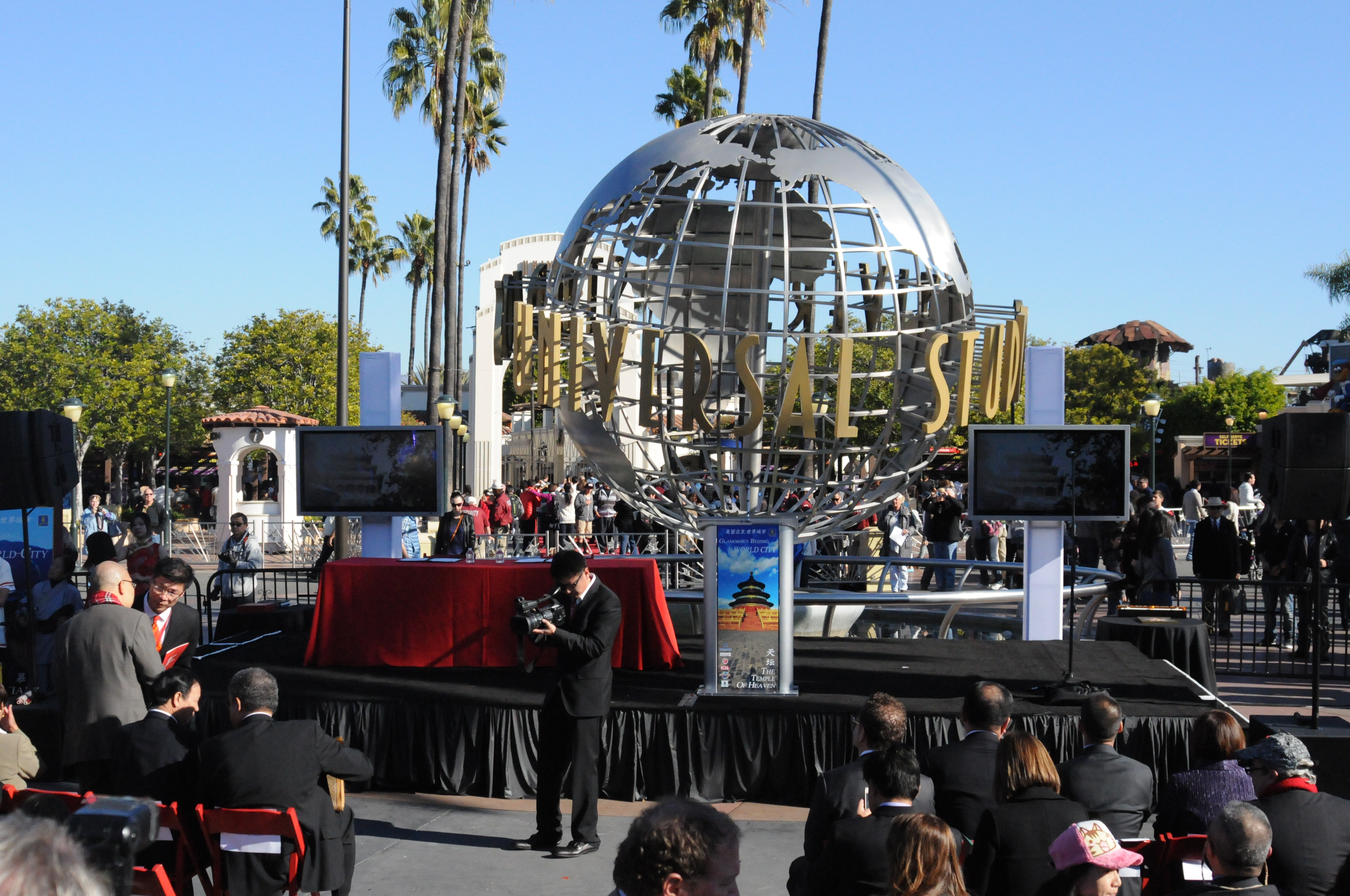 A Look Inside Universal Studios Hollywood S Glamorous