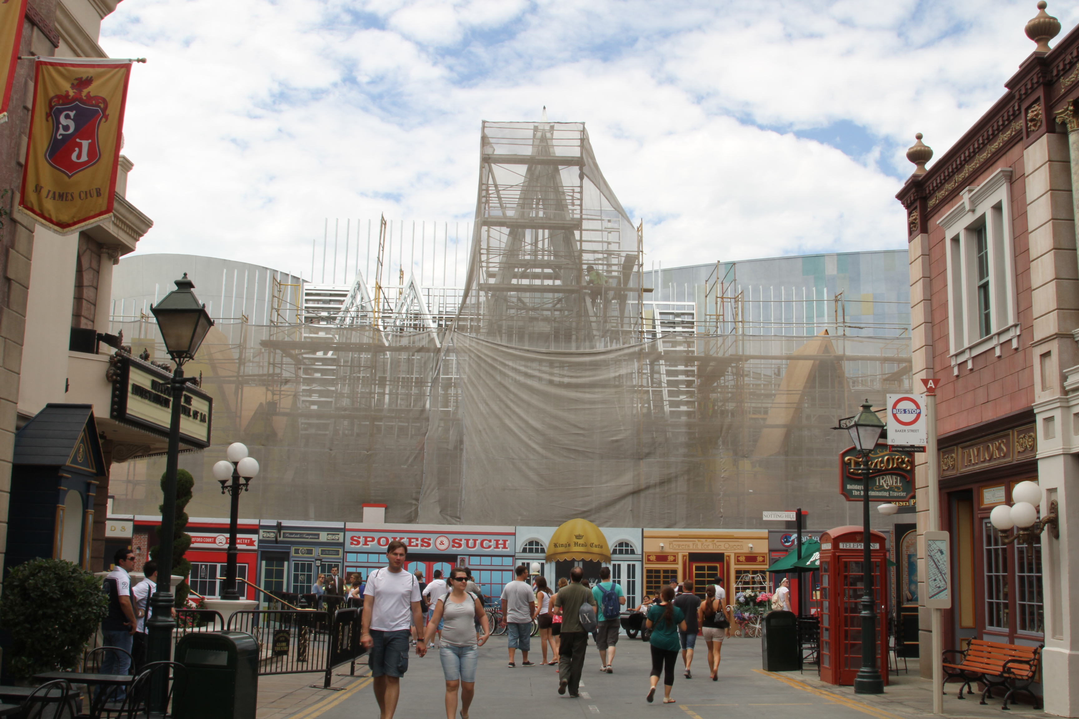 Universal Studios Hollywood Construction Hhn Minion
