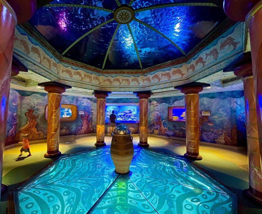 SeaWorld Orlando Jewel of the Sea Secret Aquarium