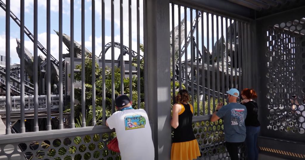 Raptor Paddock, VelociCoaster Universal Studios